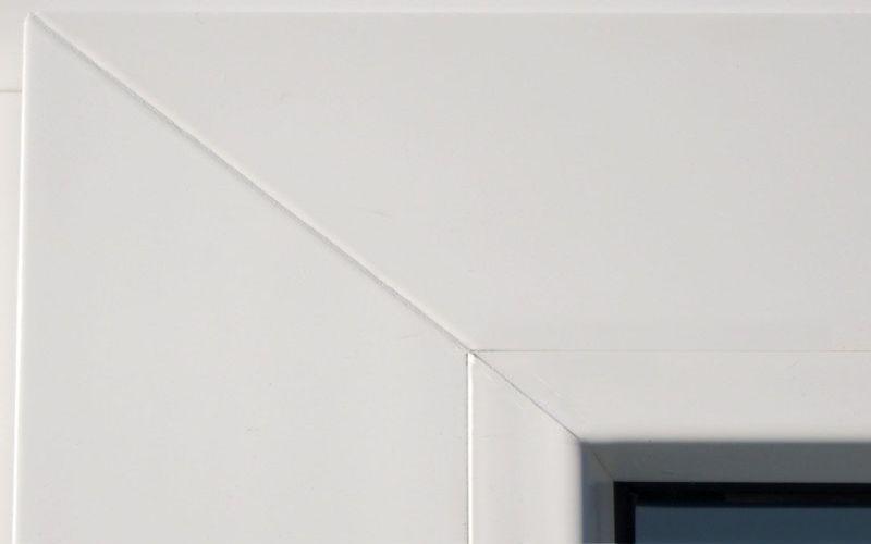 Бесшовное окно завода Лабрадор